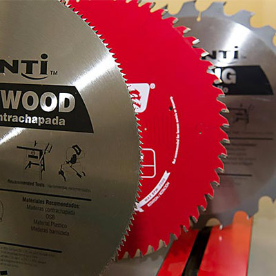 Changing Table Saw Blades