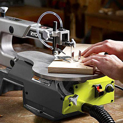Choosing the Right Scroll Saw