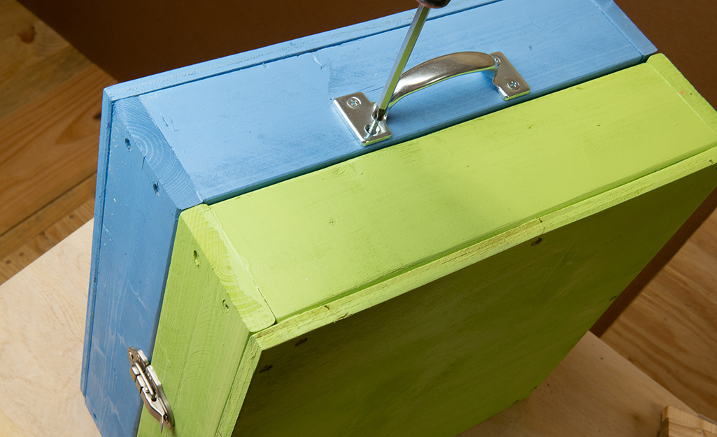 A DIY washer toss set with handles installed.