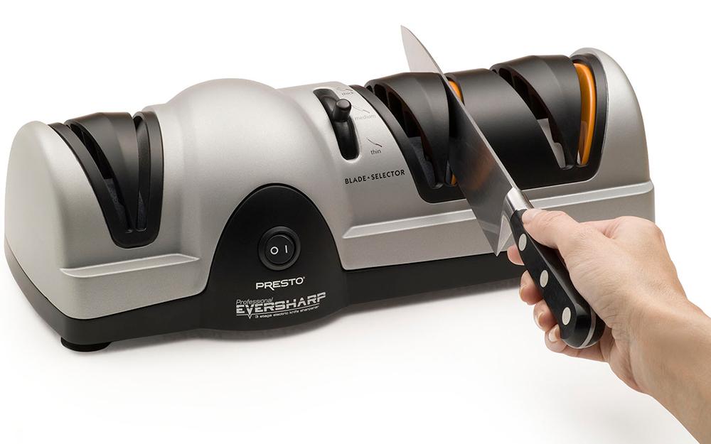 Một máy mài dao điện.