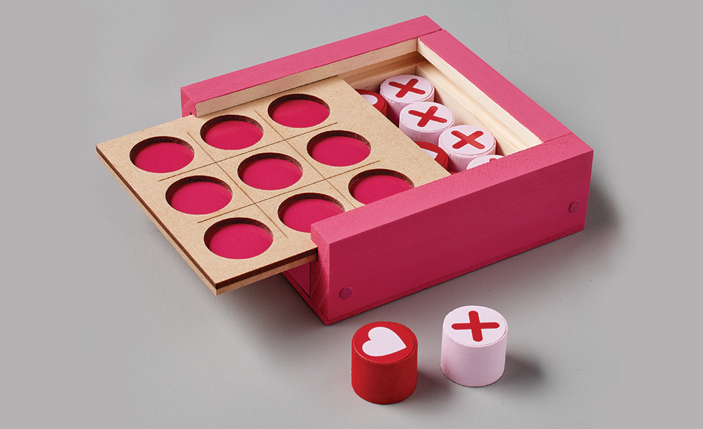 A completed Valentine Tic-Tac-Toe Game.