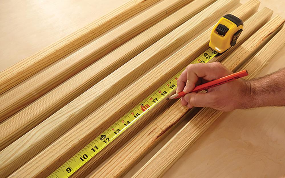 Measure and mark the wood - Outdoor Wood Doormat