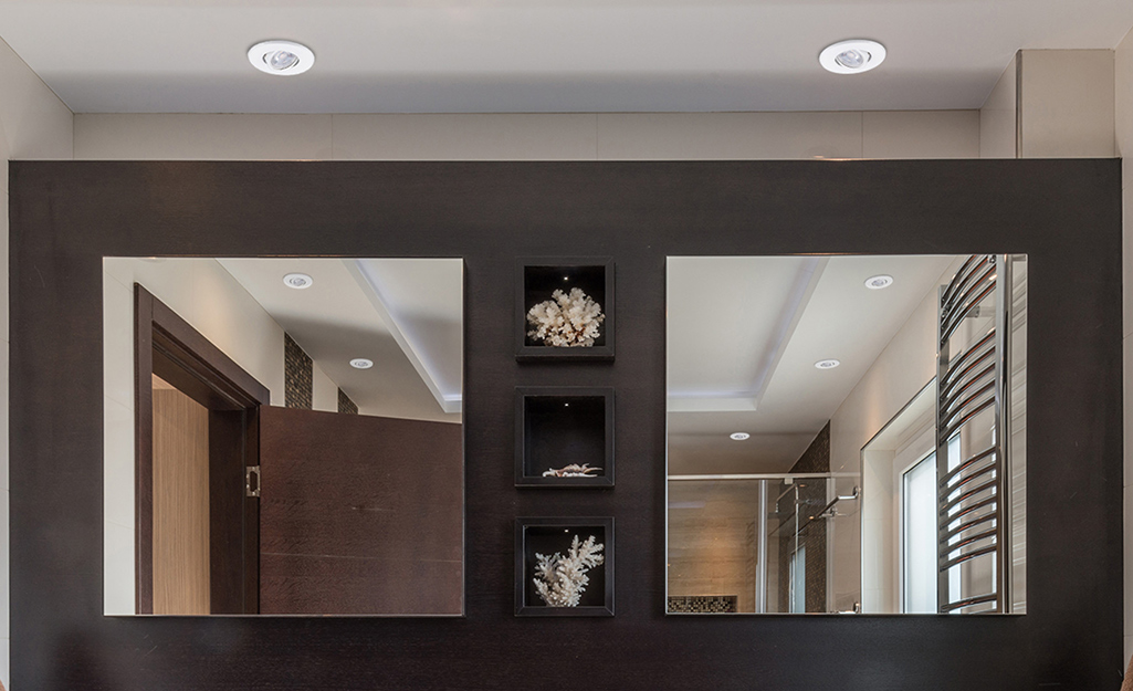 Recessed lighting in a bathroom.