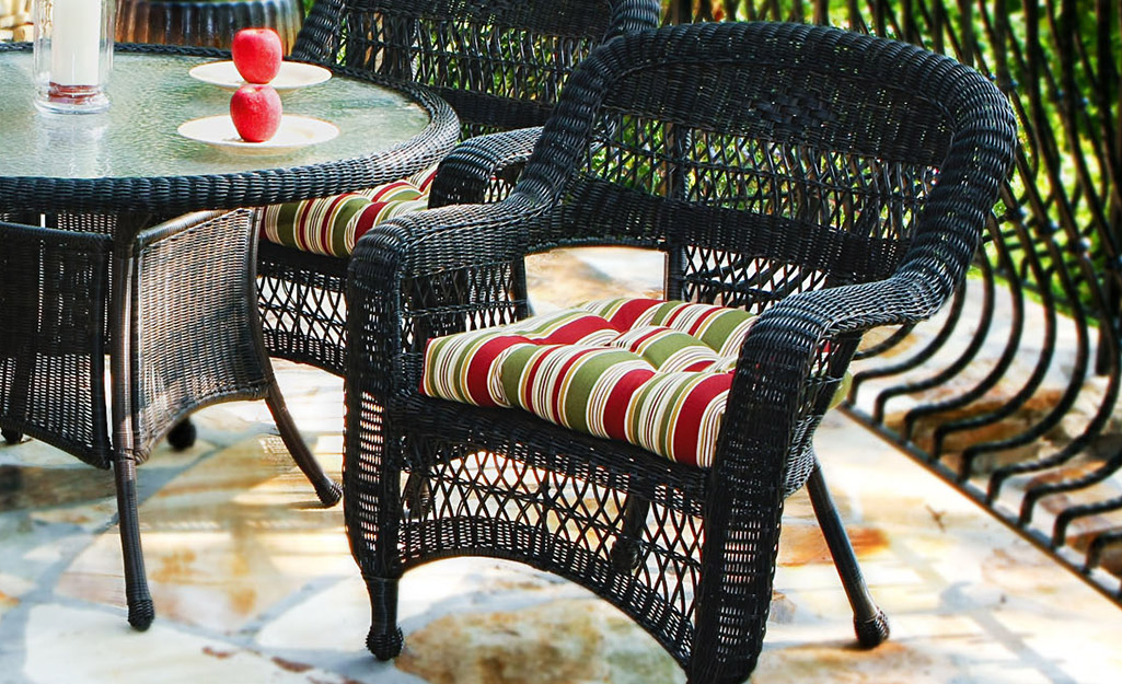 Best Outdoor Cushions For Your Patio Furniture The Home Depot