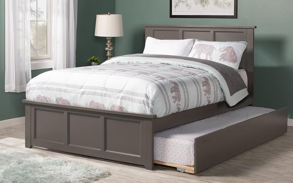 Giường nền với giường có bánh lăn bên dưới đế,