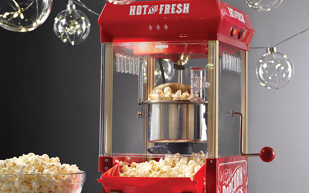 a hand crank popcorn popper