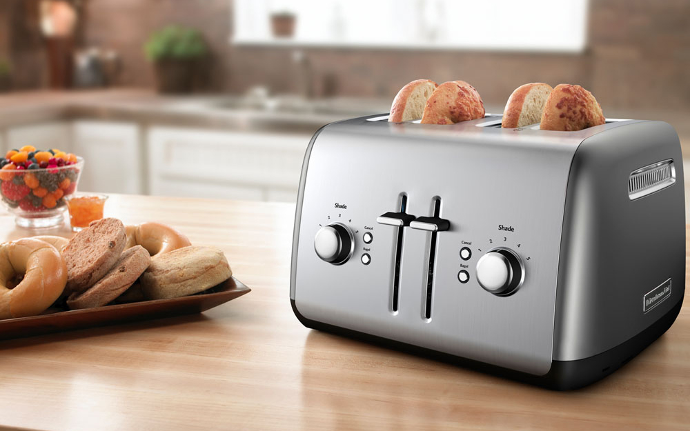 stainless steel 4 slice toaster with bread