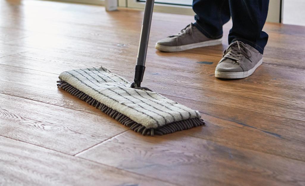 How To Clean Laminate Floors, Best Way To Clean Waterproof Laminate Flooring