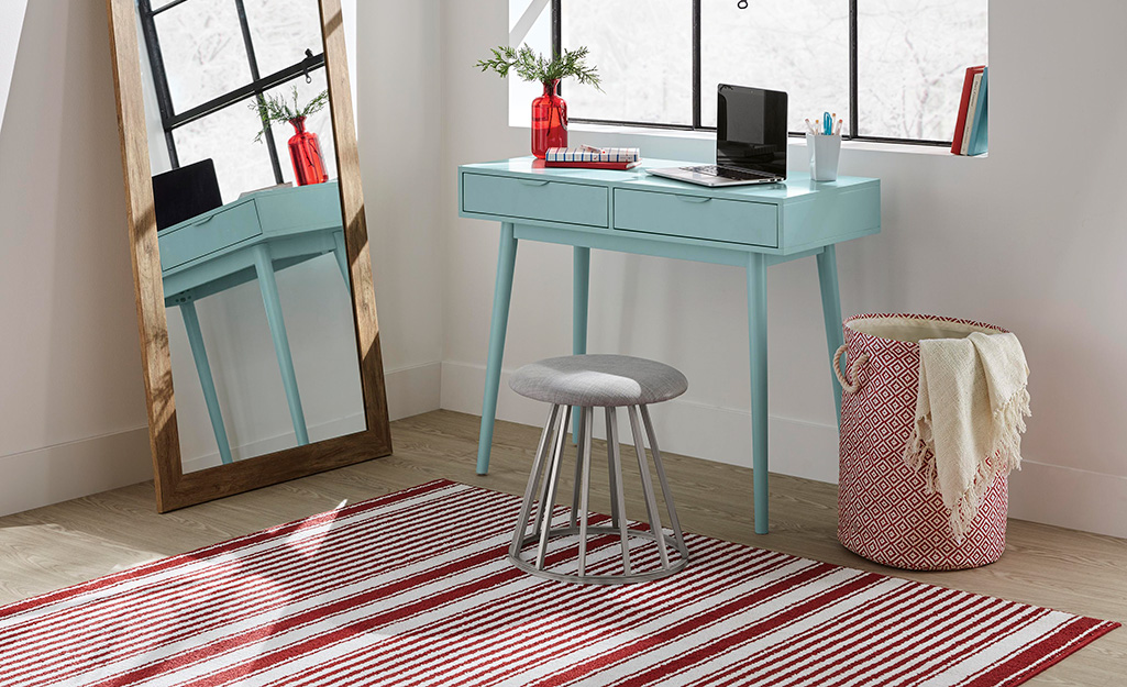 Strange 14 Dorm Room Ideas The Home Depot Ncnpc Chair Design For Home Ncnpcorg