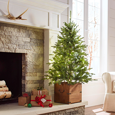 Get Farmhouse Holiday Style With These 5 Tips