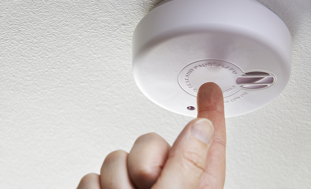 How To Change Smoke Alarm Batteries The Home Depot