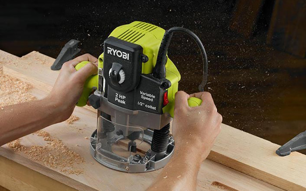 Plunge base router - Selecting a Router