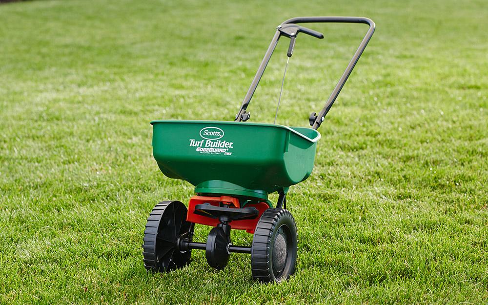 Choose a Lawn Spreader