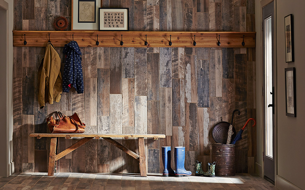 Appearance boards on a wall create shiplap.