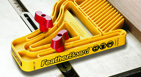 Hold boards place featherboards - Cutting Ripping Table Saw