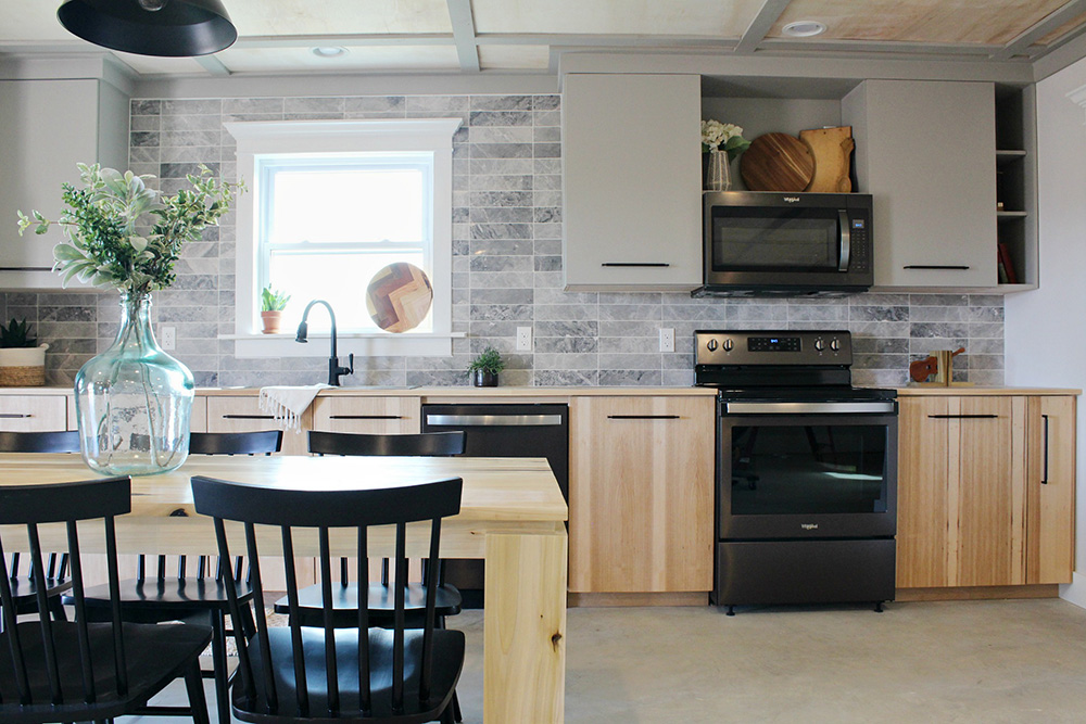 How to Design a Kitchen Space With Appliances in Mind