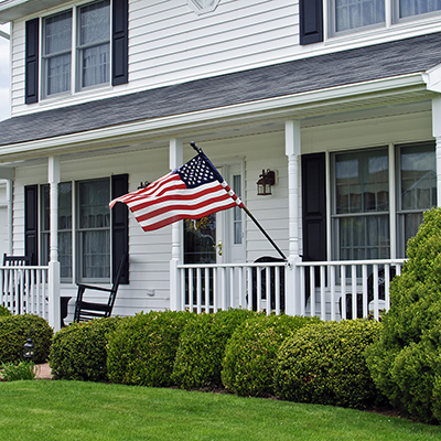 How To Display An American Flag The