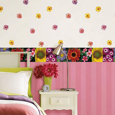 Hanging Wall Paper Boarders