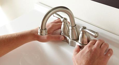 Center the faucet body - Center-Set Faucet