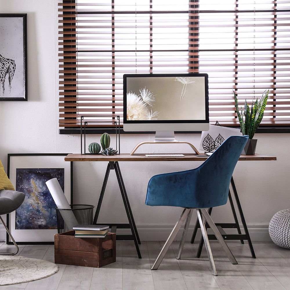 Hang Blinds Outside Window Frame: How To Install Horizontal Blinds