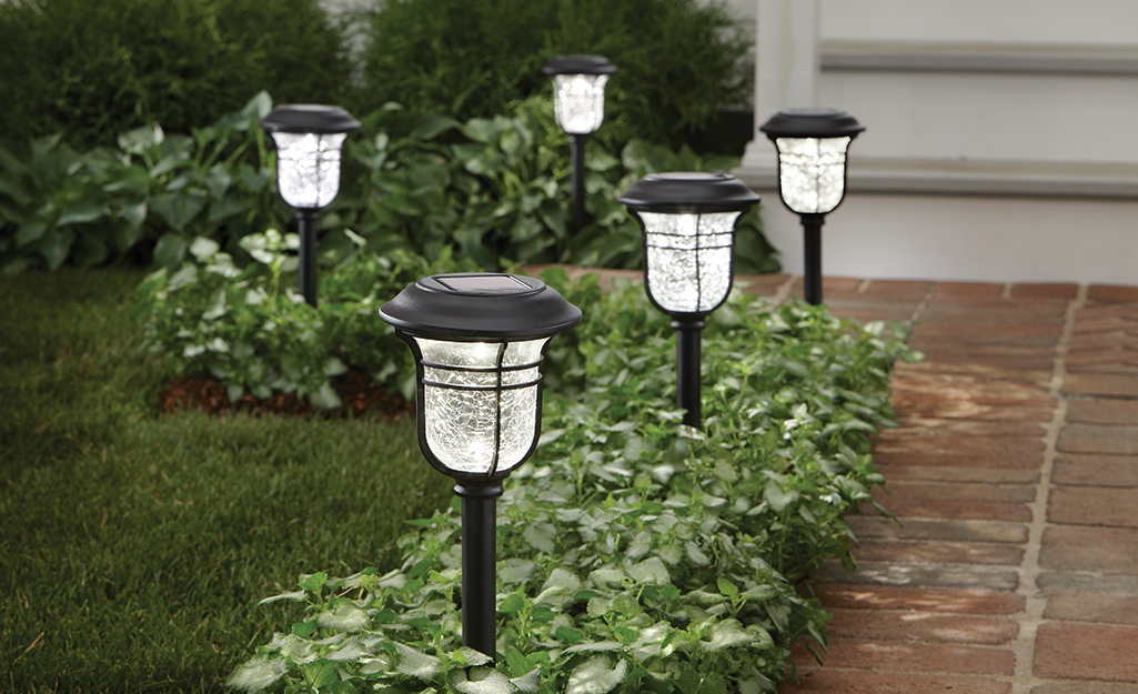 How To Install Landscape Lighting The Home Depot