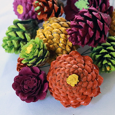 How to Make a Bouquet of Zinnias From Pine Cones