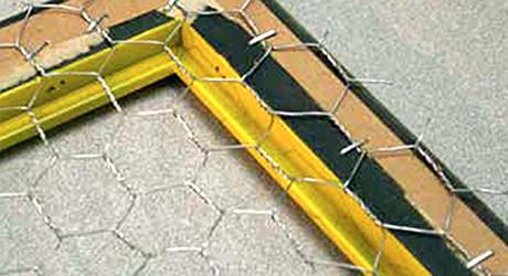 Trim  hammer chicken wire - Make Chicken Wire Frame