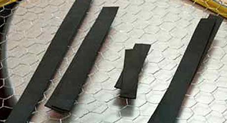 Cắt xốp để làm nền - Làm khung dây gà