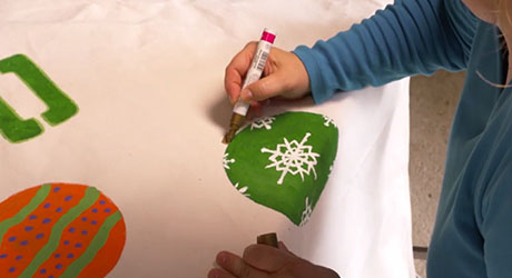 Paint ornaments - Make Holiday Photo Booth