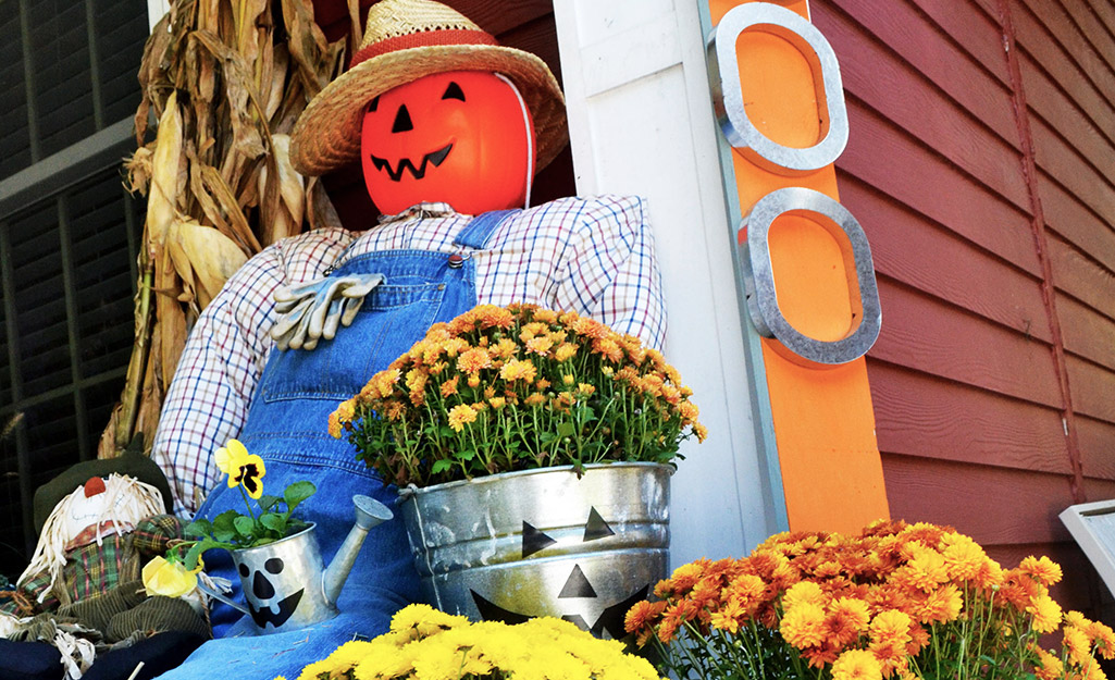How To Make A Scarecrow The Home Depot