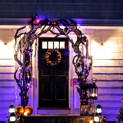 How to Make a Spooky Halloween Front Porch