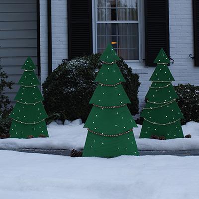 How to Make Holiday Tree Yard Decor