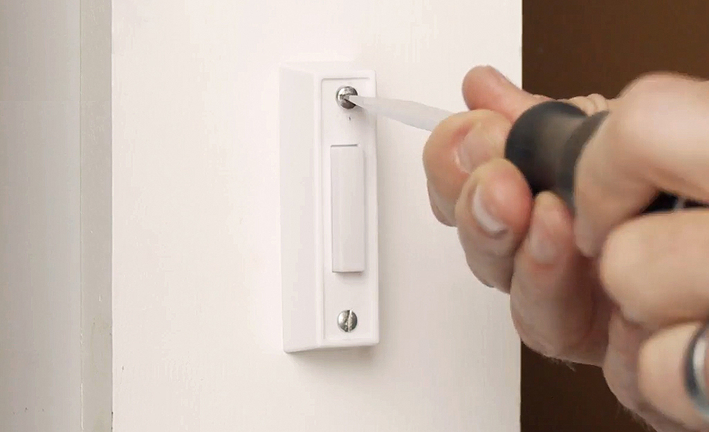 Turn off the electricity - Replacing a Doorbell