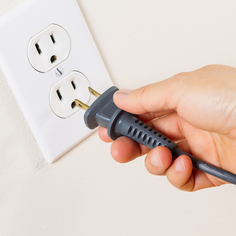 How To Replace A Power Cord Plug, Replacement Lamp Cord With Flat Plug