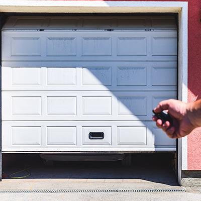 How to Troubleshoot a Garage Door