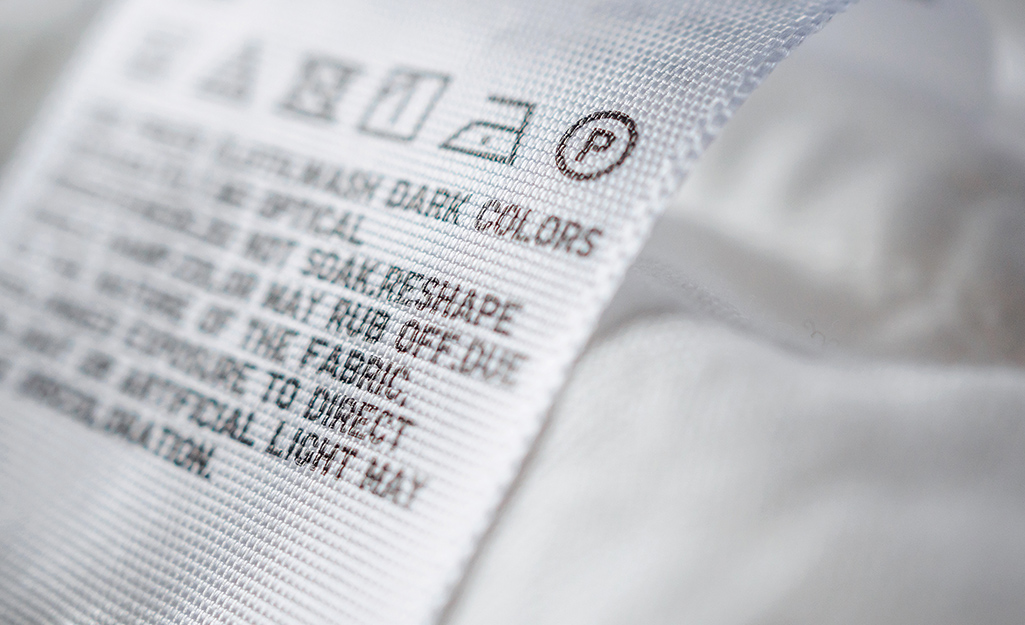 A label on a white comforter.