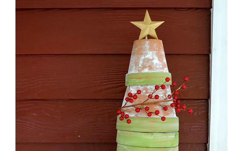Rustic Christmas Tree from Flowerpots