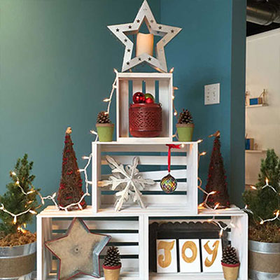 Last-Minute and Small Space Holiday Decorating Ideas