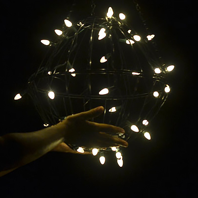 Make a Christmas Light Globe from 2 Planters