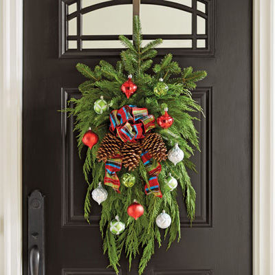 Make a Swag Christmas Wreath for Your Space