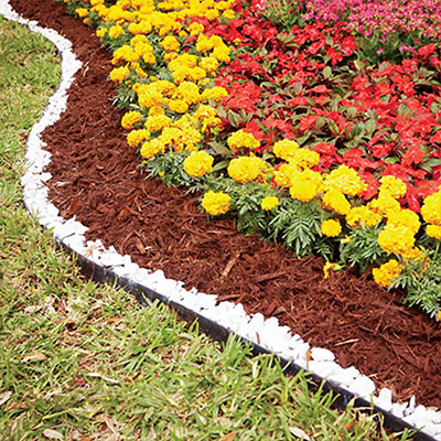 How To Mulch Your Yard The Home Depot