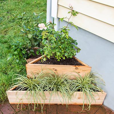 Maximize Your Space: DIY Corner Planter