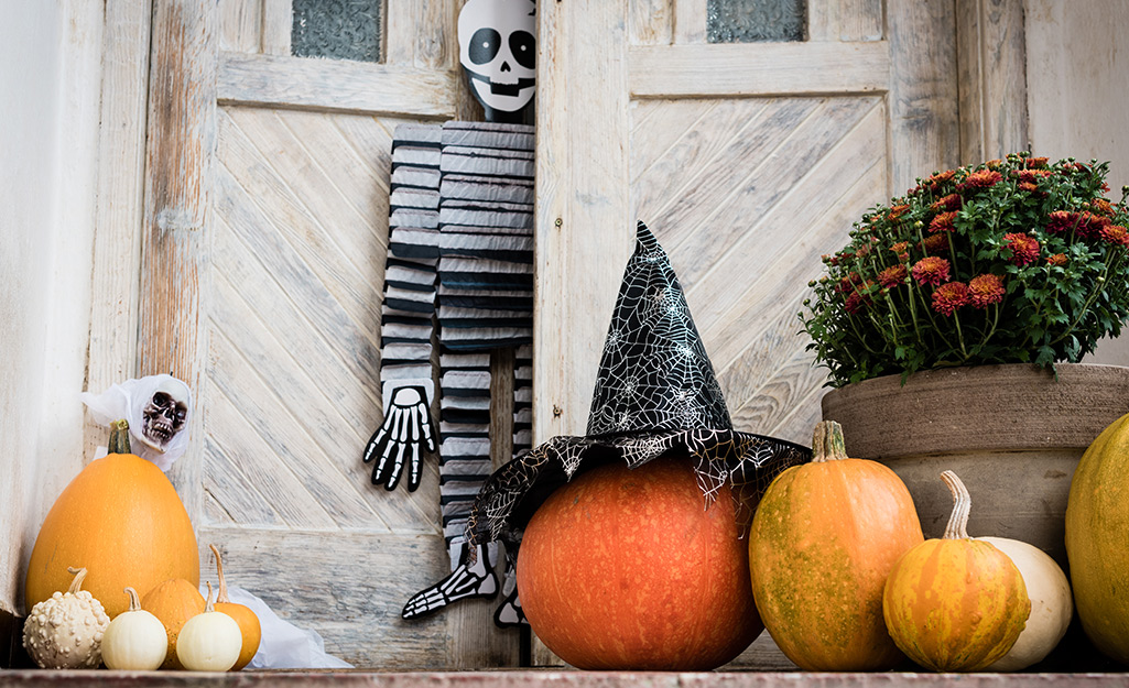 Someone's porch decorated for Halloween.