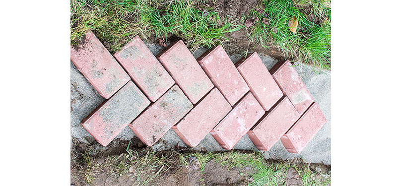 Lay Bricks