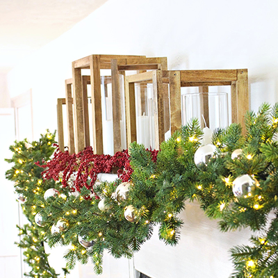 Simple Holiday Mantel With Garland