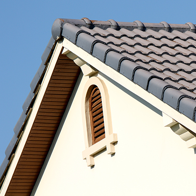 Gable roof with a window-shaped ventilation vent