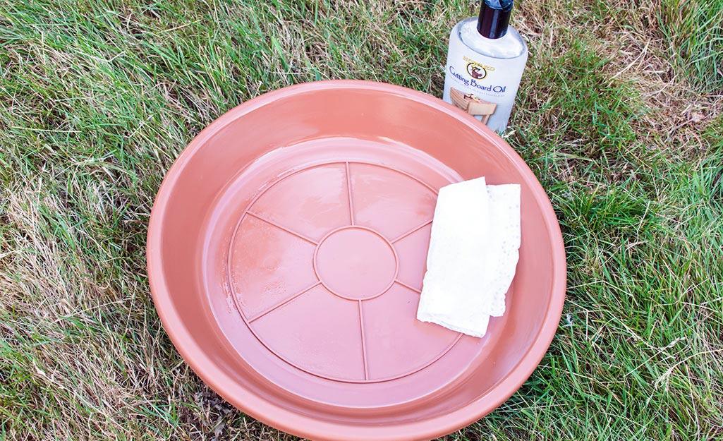 Prepare the Bird Bath Molds