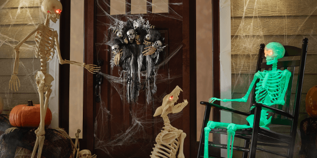 6 FOOT Halloween WALL MURAL SKELETON Caged Skeleton Cemetery Party Decorations