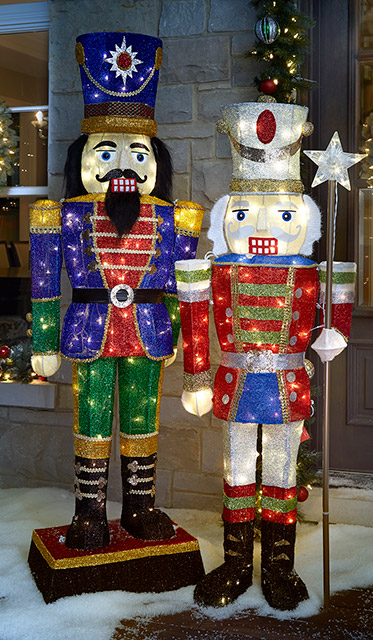 nutcrackers - Outdoor Lighted Christmas Decorations