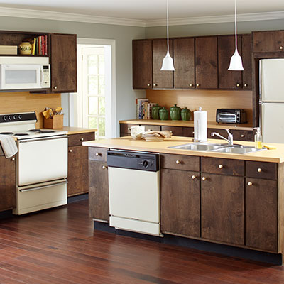 Kitchens at the home depot for Home depot kitchen designs